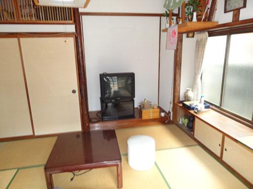 新潟市中央区/一軒家(2階建)