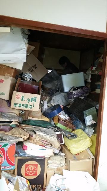 新潟市における大量ゴミかたづけ