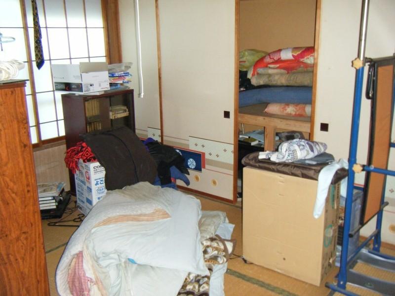 新潟市市営アパート遺品整理